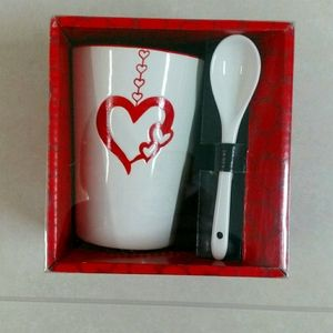 4/$20 NWT Heart Mug and Spoon Set